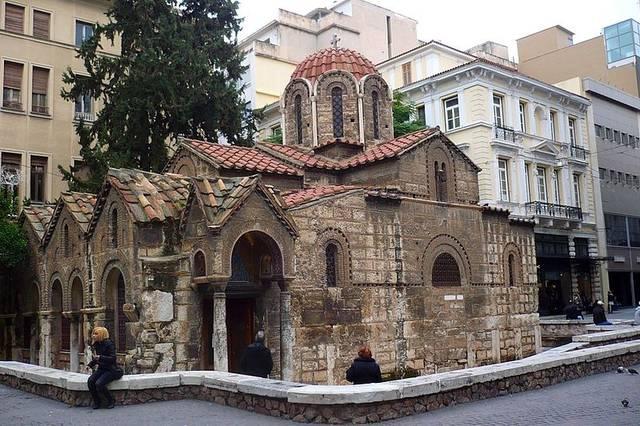 arquitetura-medieval-igreja-de-panaghia-Kapnikarea-estilo-bizantino