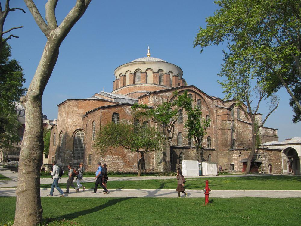arquitetura-medieval-igreja-de-santa-irene