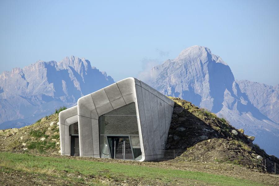 museu-arquitetura-Museu-de-Montanha-Messner-por-Zaha-Hadid