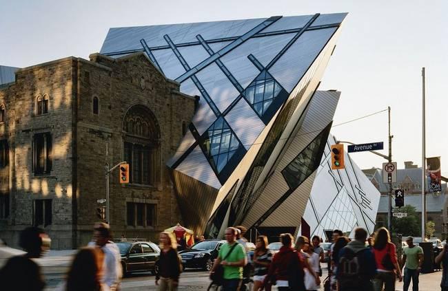 museu-arquitetura-museu-real-de-ontario-studio-libeskind