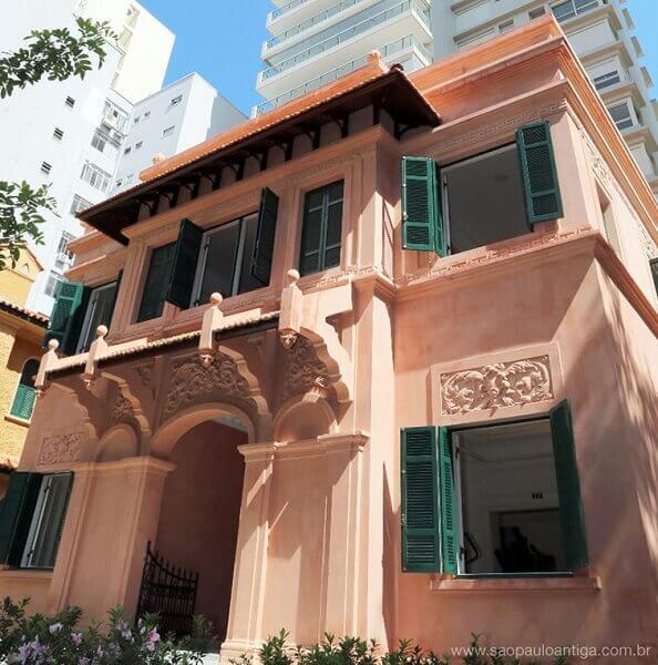Casa Modernista: casa construída em São Paulo em 1925 (restaurada)