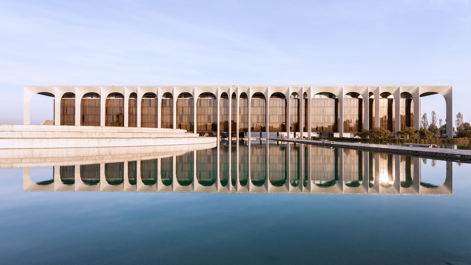 Arquitetura italiana: Sede da Mondadori, de Oscar Niemeyer