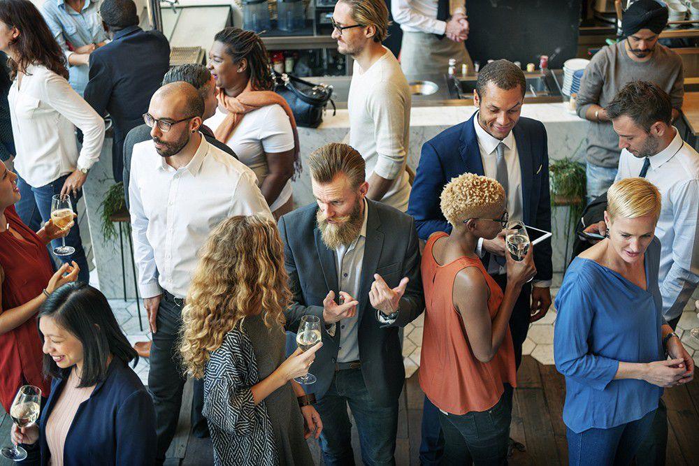 Como fazer networking: abordagem em eventos