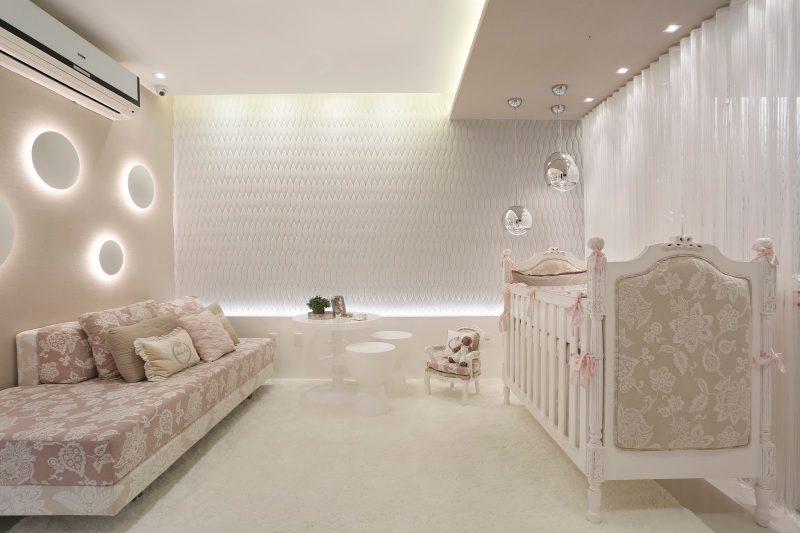 iluminação para quarto de bebê: luminária com arandela interna
