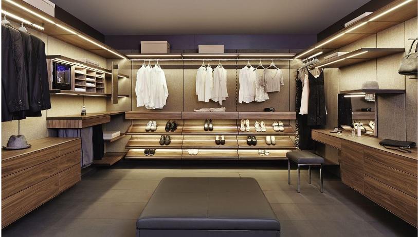 iluminação de closet com fita de led