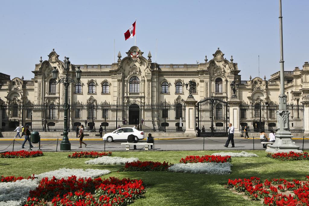 Arquitetura espanhola: Plaza Mayor de Lima