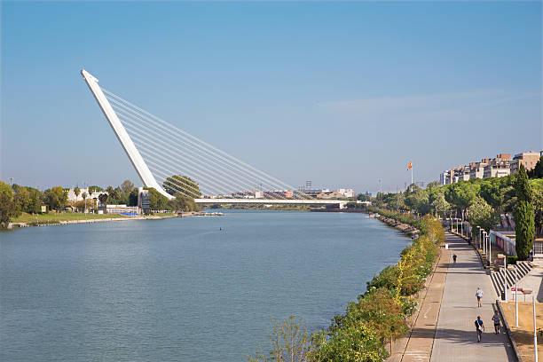 Arquitetura espanhola: Ponte del Alamillo