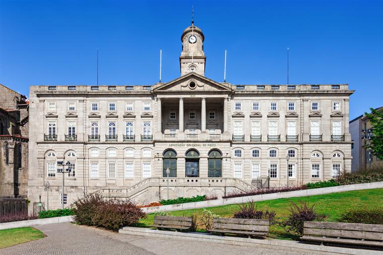 Arquitetura neoclássica: Palácio da Bolsa