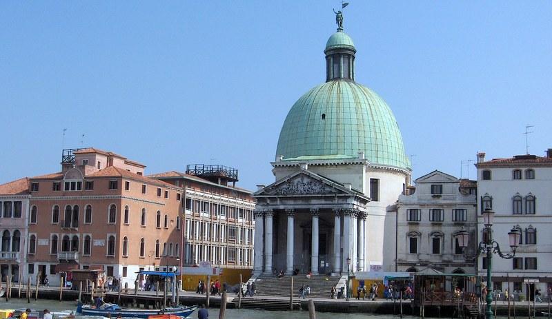 Arquitetura neoclássica: San Simone Piccolo