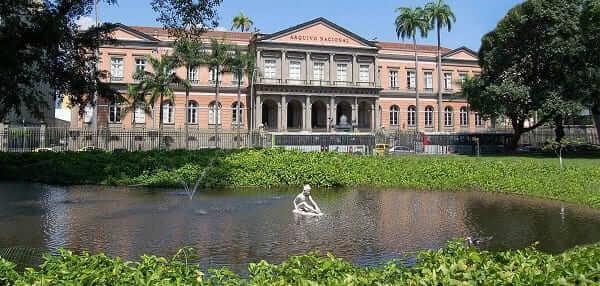 Arquitetura Neoclássica: Arquivo Nacional do Rio de Janeiro
