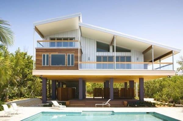 Projeto de Casa de Praia: elevação é indicada para terrenos com declive
