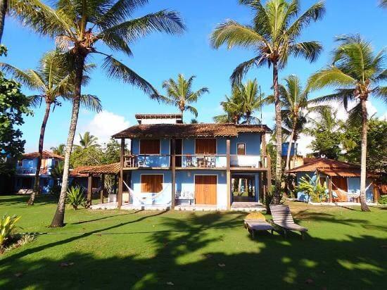 Projeto de Casa de Praia: fachada azul e estilo rústico (fonte: TripAdvisor)