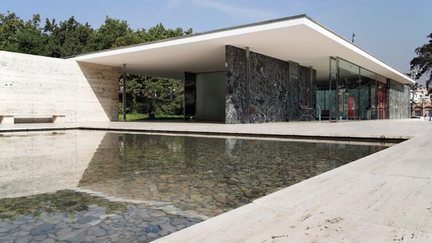 International Style: Pavilhão Alemão
