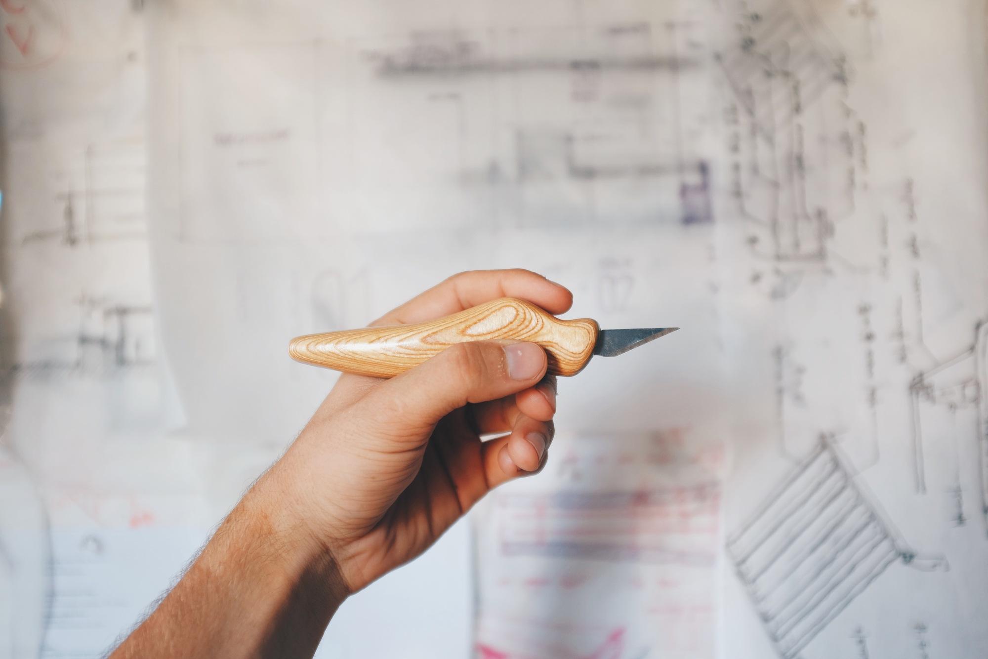 Maquete de arquitetura: estilete ergonômico