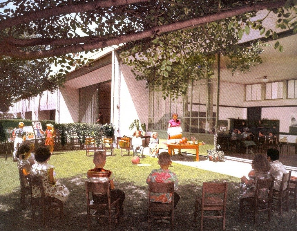 Richard Neutra: escola Corona
