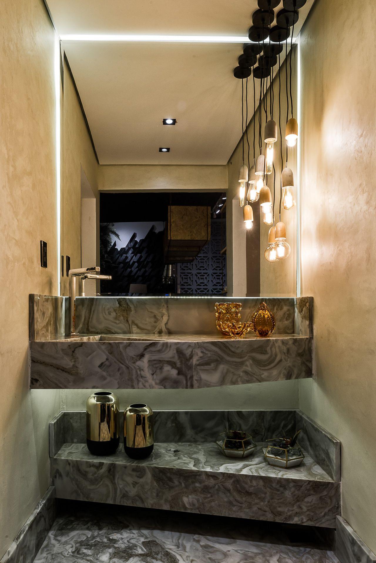 Tipos de cuba para banheiro: cuba esculpida (Projeto: morarmaispormenosgoiania - Ana Paula Prado e Denis Rezende)