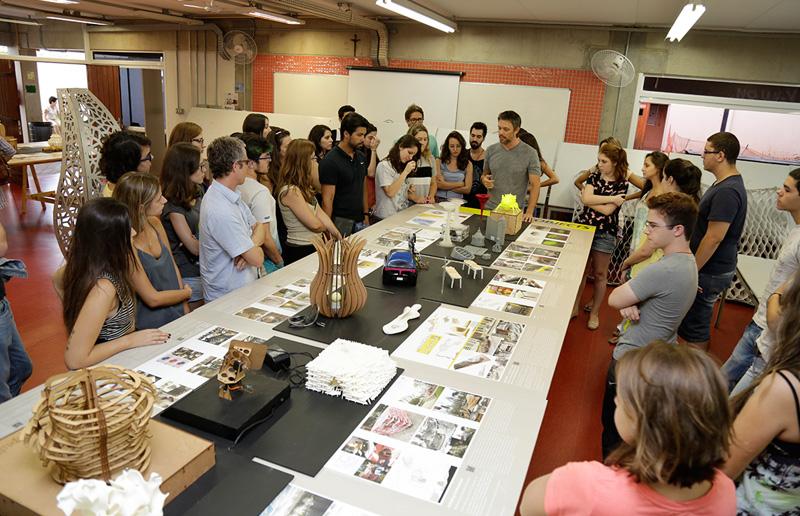 Arquiteto de edificações: aula de arquitetura (Foto: PUC-Campinas)