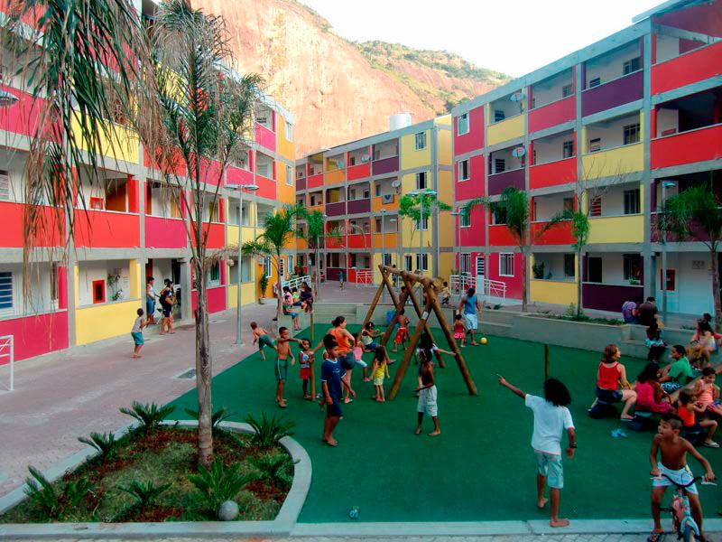 Arquitetura social: núcleo habitacional da Rocinha (Rio de Janeiro)
