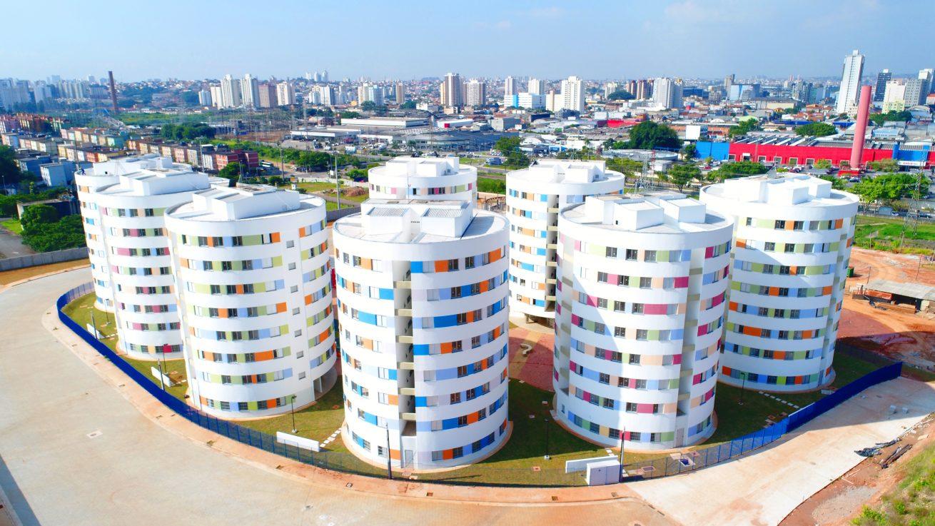 """Arquitetura Social: Conjunto Residencial """"Redondinhos"""", em Heliópolis, São Paulo"""