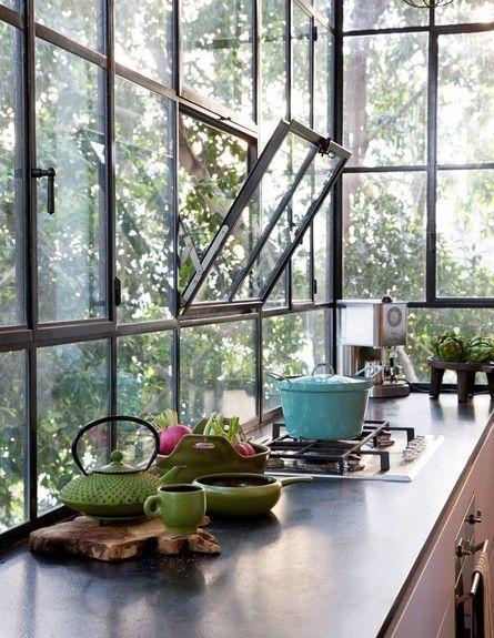 Tipos de janelas: janela de tombar