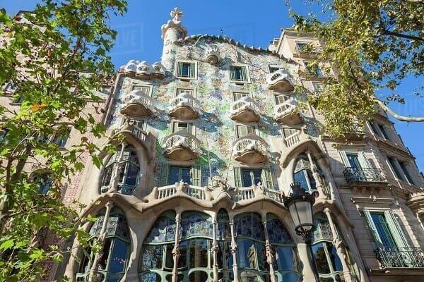 Art Noaveau: Antonio Gaudí (Casa Batllo)