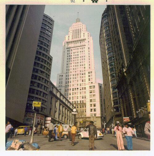 O que é retrofit: Edifício Altino Arantes (1976)