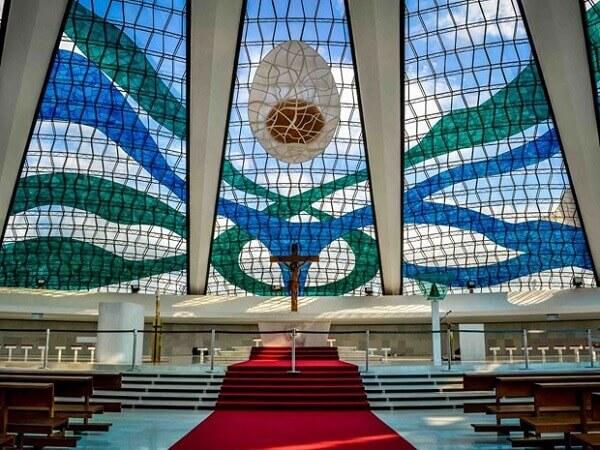 Catedral de Brasília: Altar