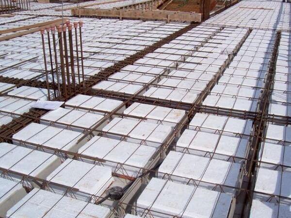 Laje de concreto: laje treliçada com isopor