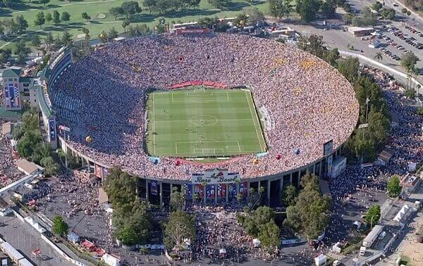 Maior estádio do mundo: Rose Bowl Stadium