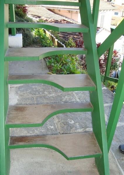 Escada Santos Dumont na casa do inventor