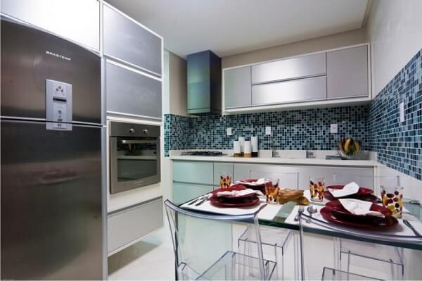 Cerâmica: revestimento de cozinha de pastilha