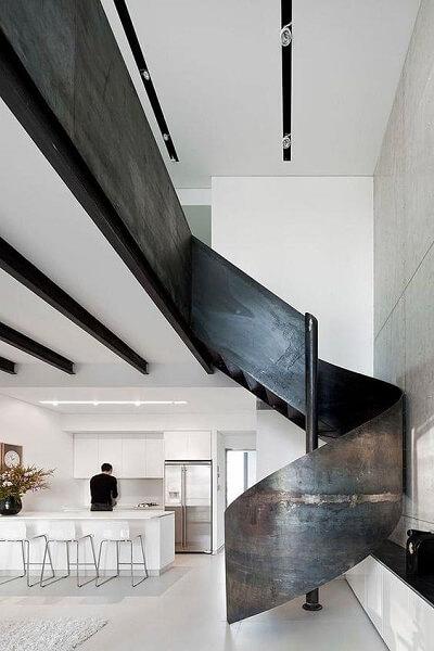 Escada Helicoidal: Semicaracol