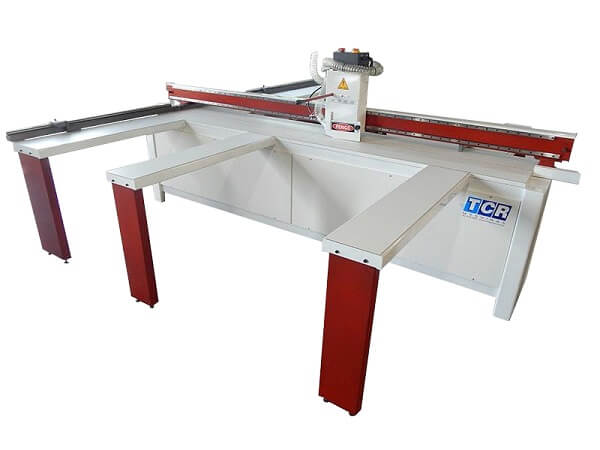 Máquinas de Marcenaria: Seccnadora Horizontal