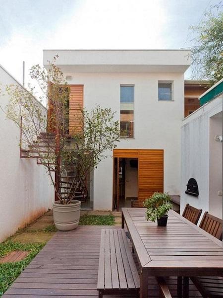 Minimalismo: casa com fachada minimalista branca
