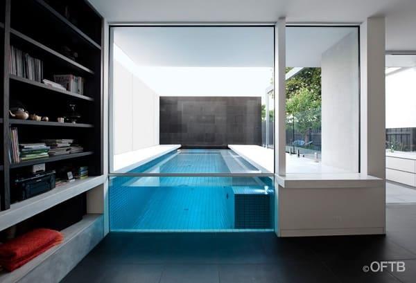 Piscina de Vidro integrada com ambiente interno (foto: meu vidraceiro)