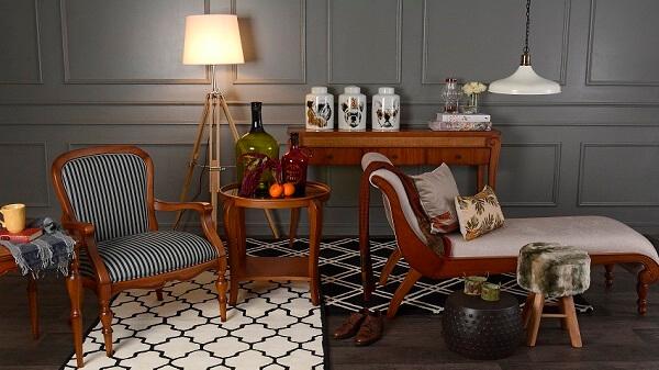 Madeira de lei: móveis de luxo na sala (fonte: westwing)
