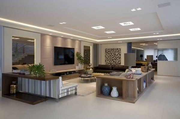 Porcelanato acetinado em sala de estar (projeto: Juliana Pippi)
