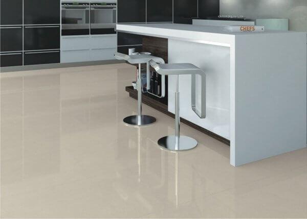 Porcelanato para cozinha: porcelanato esmaltado em tom neutro