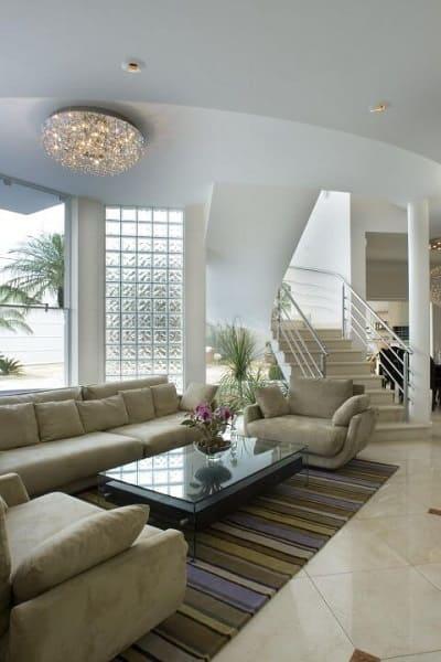 Tipos de tijolos decorativos: parede de tijolo de vidro na sala de estar