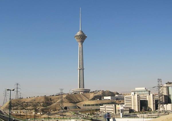 Torre mais alta do mundo: Torre Milad (6ª posição)