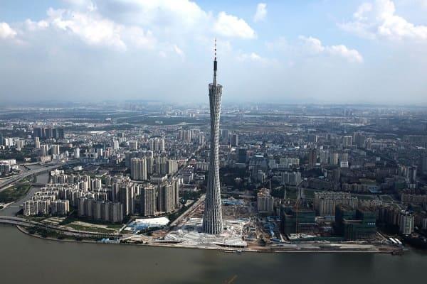 Torre mais alta do mundo: Torre de Cantão (2ª posição)
