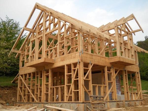 Wood Frame: infraestrutura de madeira pronta para receber o OSB