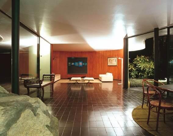 Casa das Canoas: sala