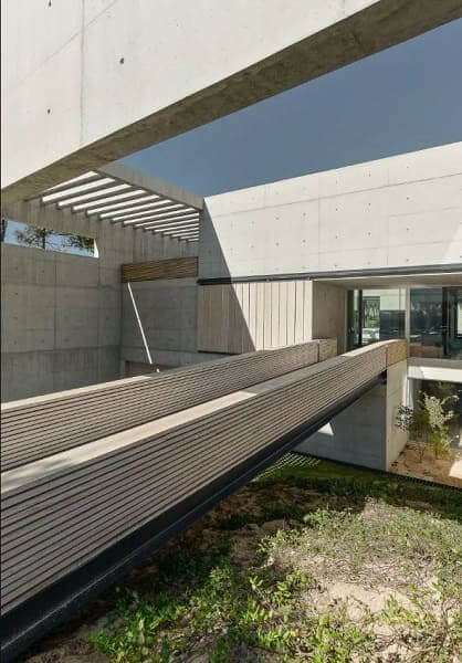Casas mais extraordinárias do mundo: The Wall House - passarela