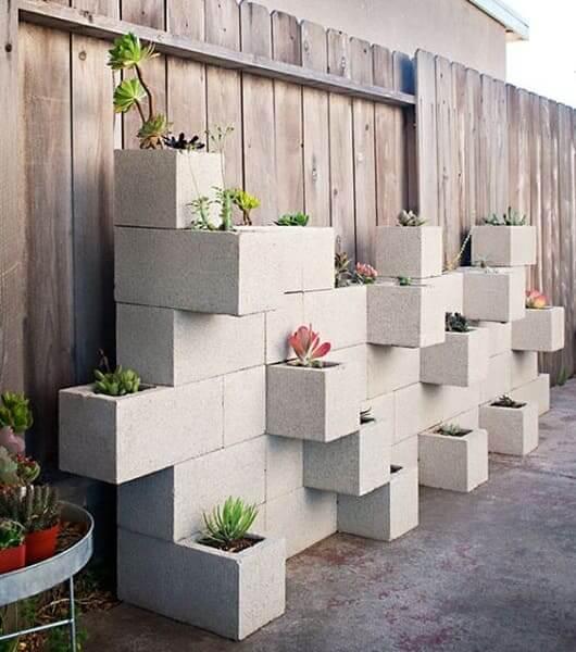 Hortas Urbanas com blocos de concreto