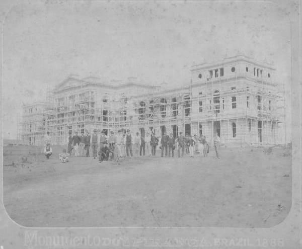Parque da Independência: Museu do Ipiranga em construção (foto: site oficial do Museu)