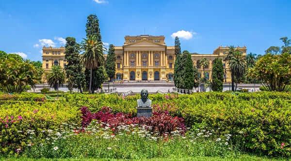 Parque da Independência: detalhes do jardim