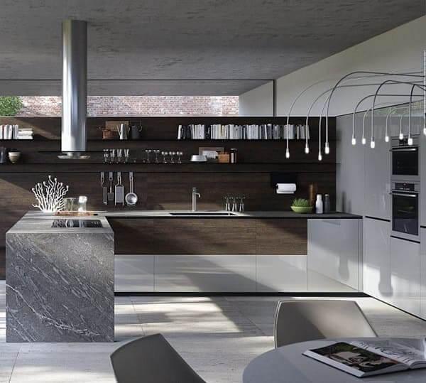 Balcão de mármore cinza e parede com revestimento de madeira (foto: Revista Viva Decora)