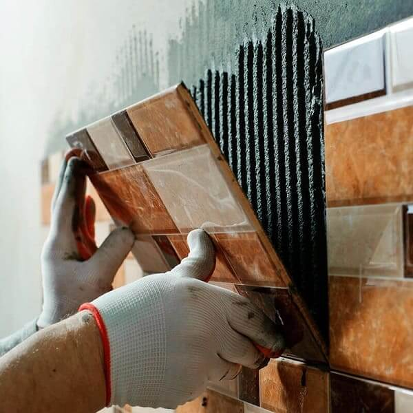 Reformas de casas: colocação de revestimento