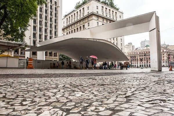 Calçada de Pedra Portuguesa no Centro de São Paulo